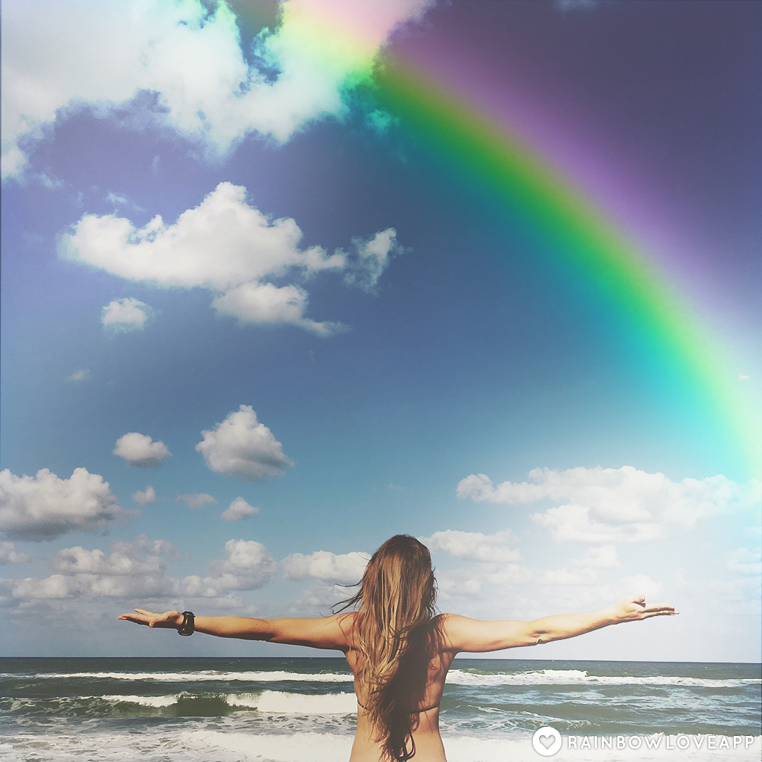 Rainbow-Love-App-Best-Photo-Editing-App-For-Adding-Rainbow-Filters-And-Art-To-Your-Instagram-Yoga-Challenge-Photos-3
